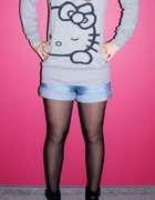 sweter Hello Kitty