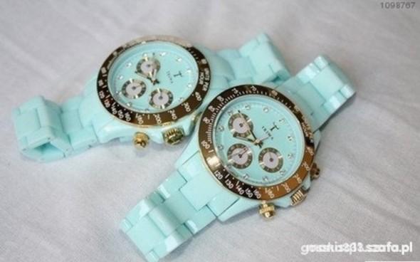 Miętowy zegarek