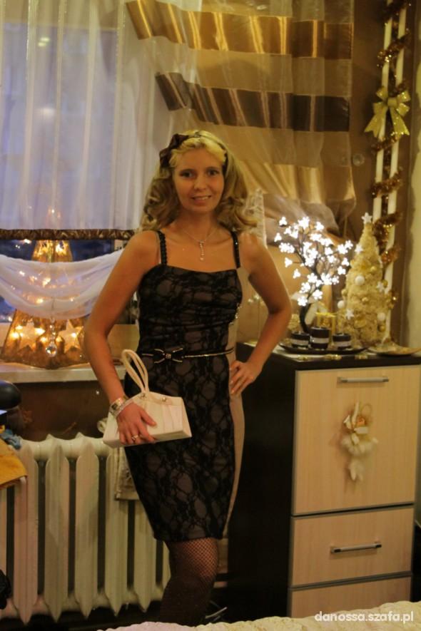 moja nowa sukienka z koronki 38