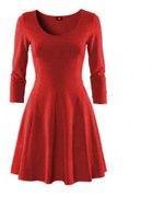 czerwona rozkloszowa sukienka h&m