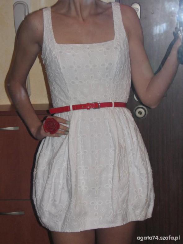 Eleganckie bialo czerwoni