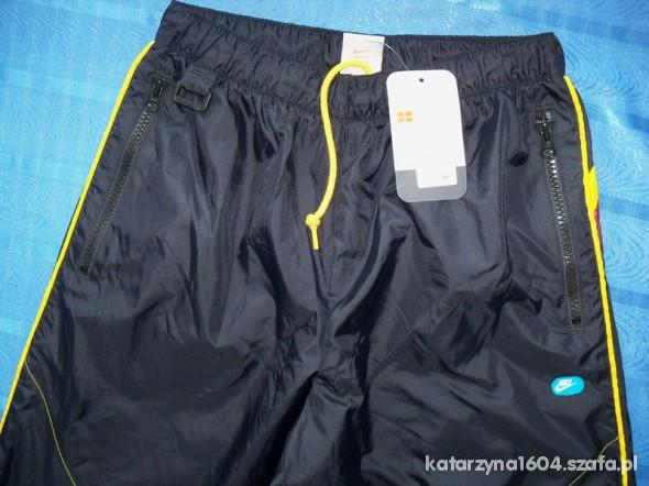 Spodnie sportowe NIKE nowe r M na 178