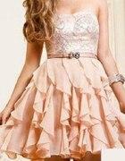 sukieneczka falbanki