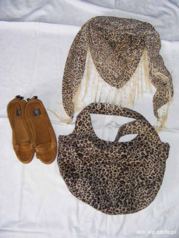 Chusty i apaszki torebka panterka i chusta apaszka