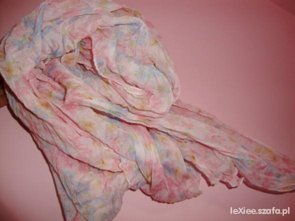 Chusty i apaszki chusta apaszka floral kwiatki pudrowa