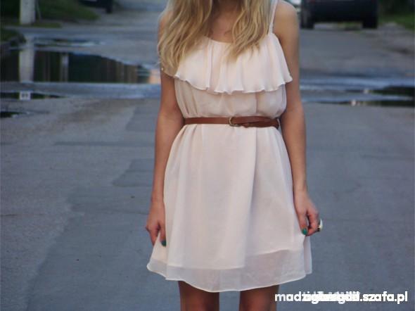 Sukienka pudrowa h&m