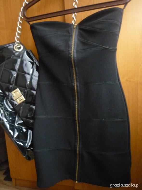 Top Shop Bandage Zip 36