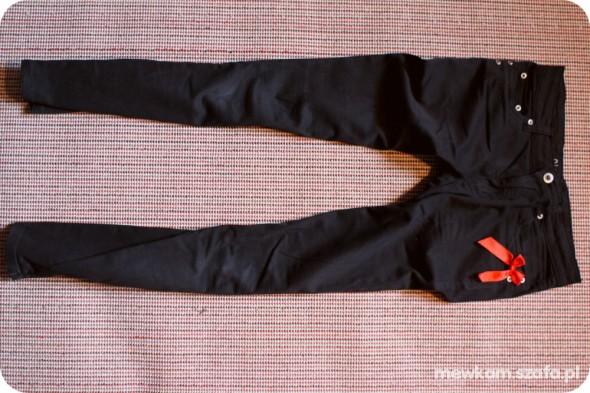Spodnie czarne materiałowe spodnie zipp