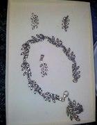 Niewiarygodny srebrny komplet listki i cyrkonie
