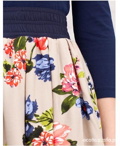 Spódnice Kloszowana spódnica w kwiaty Stradivarius