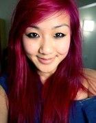 Wiśniowo różowe włosy