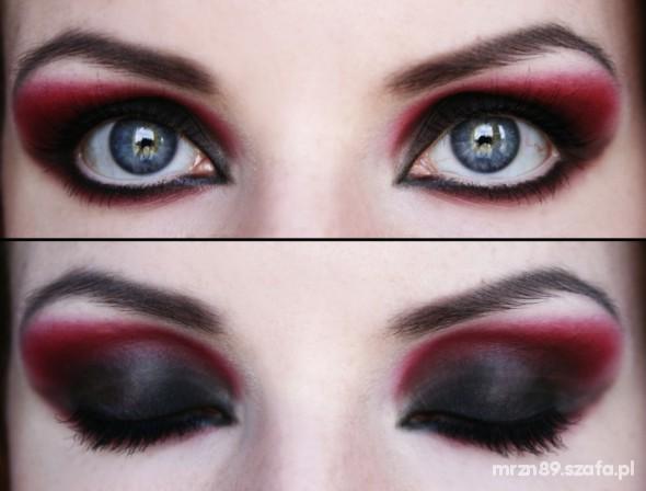 Oczy in red