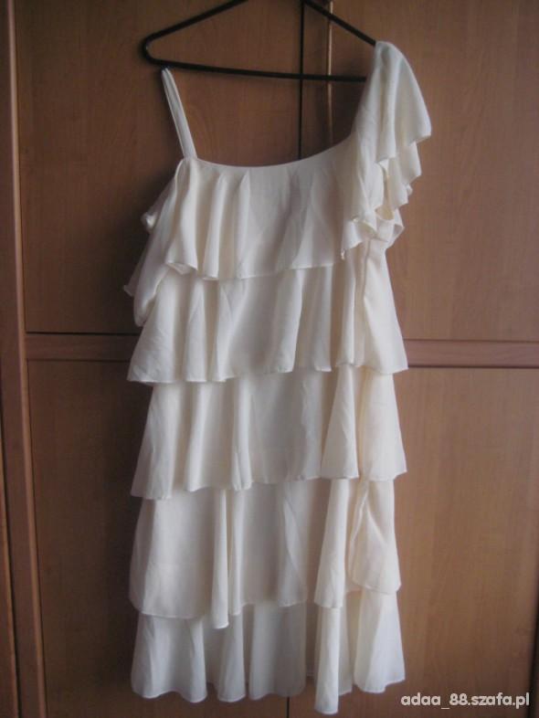 Suknie i sukienki Sukienka nude falbany M L