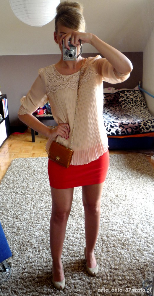 Mój styl krem & czerwień