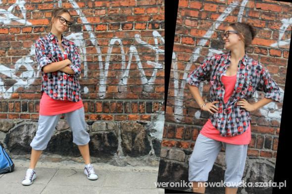 Mój styl koszula długa bokserka i dresy