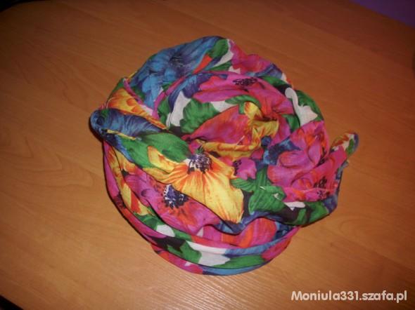 Chusty i apaszki Kolorowa apaszka w kwiatuszki