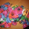 Kolorowa apaszka w kwiatuszki