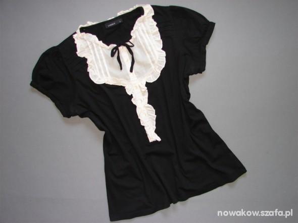 bluzeczka LINDEX z przeszyciami i guzikami...