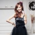Czarna Sukienka w Stylu Lat 60 z Kokardą