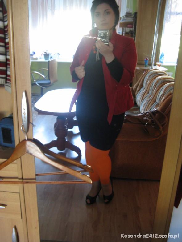 Mój styl wariacja wiosenna pomarańczowo czerwono czarna