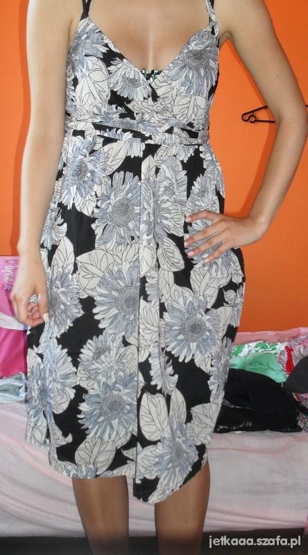 Suknie i sukienki KWIATOWA SUKIENKA HM M
