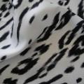 elegancka chusta w biało czarną panterę