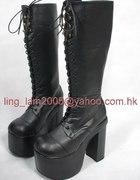 high heell boots