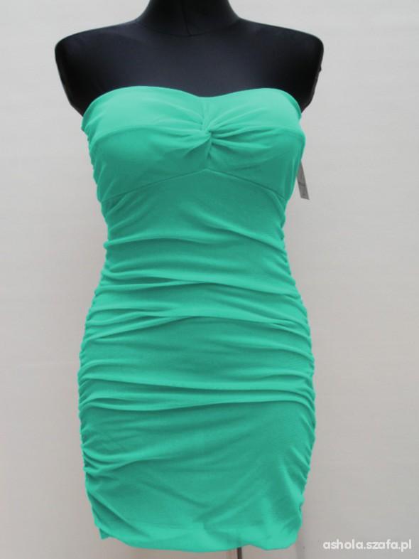 Nowa Miętowa Sukienka z wycięciem na plecach