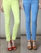 pastelowe spodnie rurki