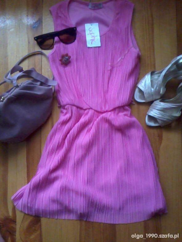 Imprezowe sukienka neonowa