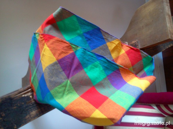 Chusty i apaszki kolorowa chusta NEW YORKER