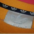 musztardowa bluza adidas olschool