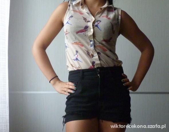 Mój styl Koszula w ptaki i shorty z wysokim stanem