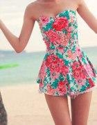 Sukienka tunika w kwiaty