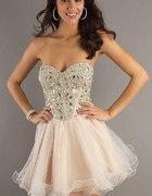 Podobna do tej sukienki