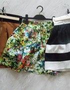 spódniczki rozkloszowane xs...
