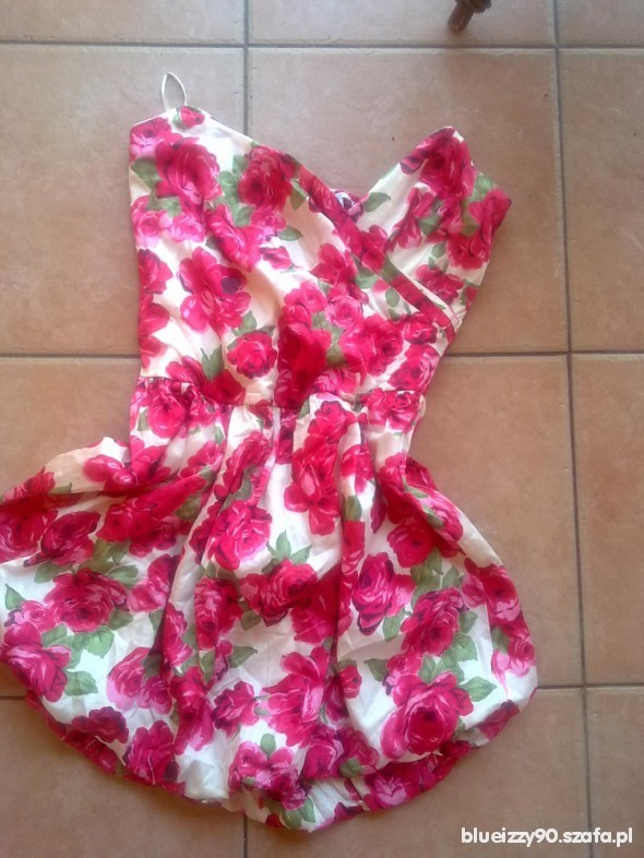 Suknie i sukienki floralek