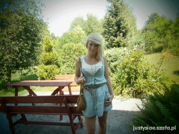 Mój styl Jeansowa sukienka Bershka