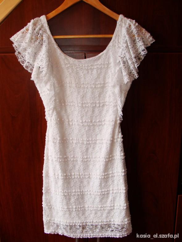 fe779e79d5 biała koronkowa sukienka HM w Suknie i sukienki - Szafa.pl