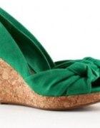 Zielone koturny HandM