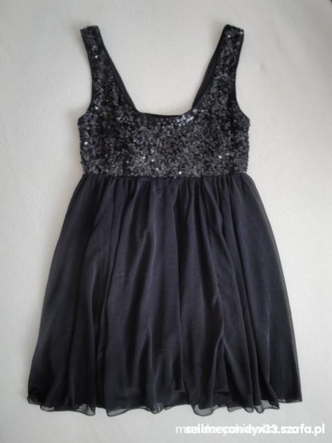 Suknie i sukienki HM BY NIGHT