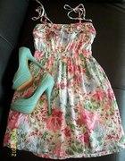 Pastelowa sukieneczka letnia...