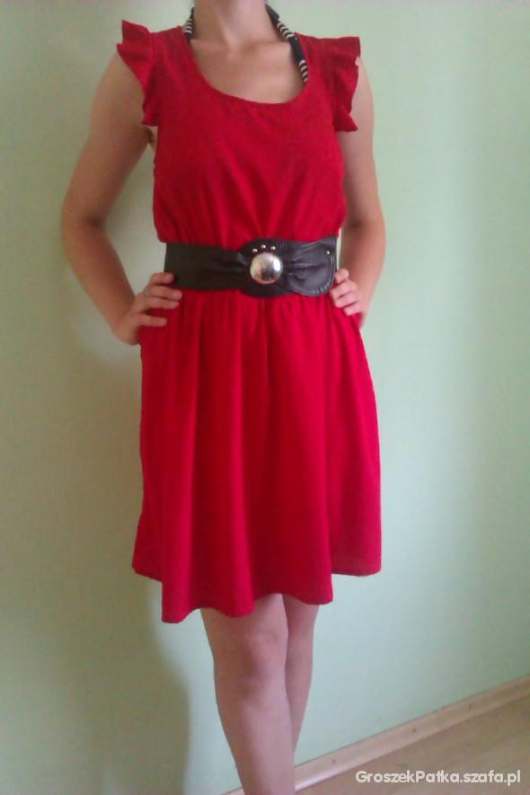 Suknie i sukienki Sukienka czerwona VERO MODA
