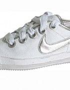 Nike Flash Macro