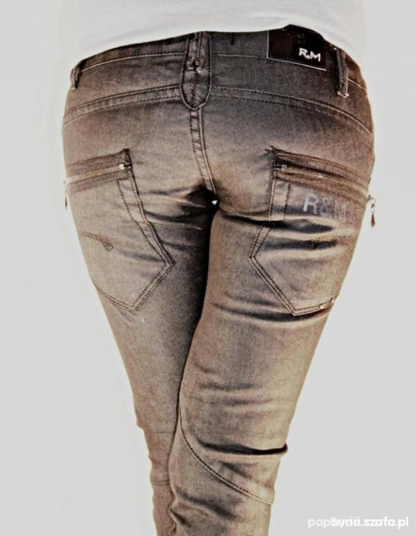 Ubrania Spodnie nisko kieszenie