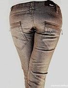 Spodnie nisko kieszenie
