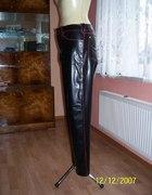 Czarno Czerwone Latexowe Spodnie 100 procent...