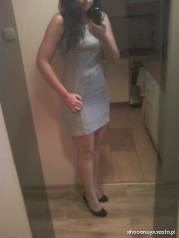 Eleganckie sukienka w kratkę