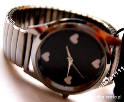 zegarek z serduszkami atmosphere