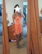 Sukienka Love Label brzoskwiniowa...